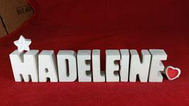Beton, Steinguss Buchstaben 3D Deko Namen MADELEINE als Geschenk verpackt mit Stern und Herzklammer!