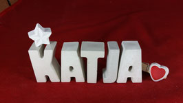 Beton, Steinguss Buchstaben 3D Deko Namen KATJA als Geschenk verpackt mit Stern und Herzklammer!