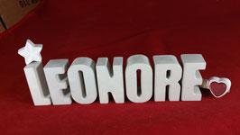 Beton, Steinguss Buchstaben 3D Deko Namen LEONORE als Geschenk verpackt mit Stern und Herzklammer!