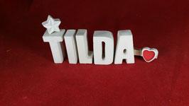 Beton, Steinguss Buchstaben 3D Deko Namen TILDA als Geschenk verpackt mit Stern und Herzklammer!
