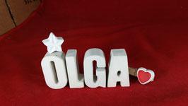 Beton, Steinguss Buchstaben 3D Deko Namen OLGA als Geschenk verpackt mit Stern und Herzklammer!