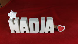 Beton, Steinguss Buchstaben 3D Deko Namen NADJA als Geschenk verpackt mit Stern und Herzklammer!