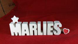 Beton, Steinguss Buchstaben 3D Deko Namen MARLIES als Geschenk verpackt mit Stern und Herzklammer!