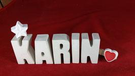Beton, Steinguss Buchstaben 3D Deko Namen KARIN als Geschenk verpackt mit Stern und Herzklammer!