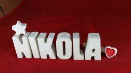 Beton, Steinguss Buchstaben 3D Deko Namen NIKOLA als Geschenk verpackt mit Stern und Herzklammer!