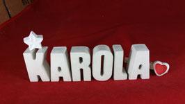 Beton, Steinguss Buchstaben 3D Deko Namen KAROLA als Geschenk verpackt mit Stern und Herzklammer!
