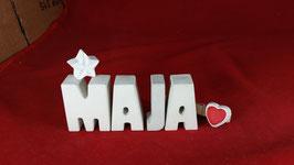 Beton, Steinguss Buchstaben 3D Deko Namen MAJA als Geschenk verpackt mit Stern und Herzklammer!