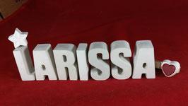 Beton, Steinguss Buchstaben 3D Deko Namen LARISSA als Geschenk verpackt mit Stern und Herzklammer!