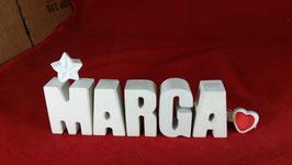 Beton, Steinguss Buchstaben 3D Deko Namen MARGA als Geschenk verpackt mit Stern und Herzklammer!