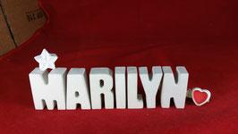 Beton, Steinguss Buchstaben 3D Deko Namen MARILYN als Geschenk verpackt mit Stern und Herzklammer!