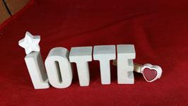 Beton, Steinguss Buchstaben 3D Deko Namen LOTTE als Geschenk verpackt mit Stern und Herzklammer!
