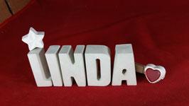 Beton, Steinguss Buchstaben 3D Deko Namen LINDA als Geschenk verpackt mit Stern und Herzklammer!