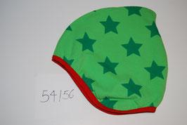 83 Helmmütze mit Fleecefutter, Dunkelgrüne Sterne auf Hellgrün