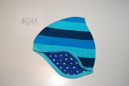 6 Helmmütze, Blockstreifen in Blautönen
