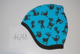 57 Helmmütze mit Fleecefutter, mit Waldtieren auf hellblau