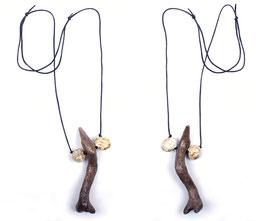 Halskette mit Holz und Keramik Elementen