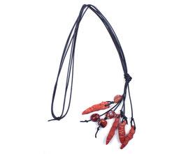 Halskette mit roter Koralle