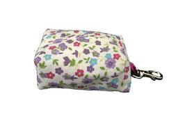 "Porta bolsas perro ""Flores de Primavera"""