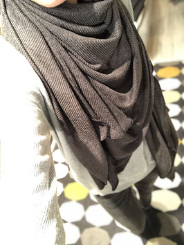 Halstuch aus Strickwaren