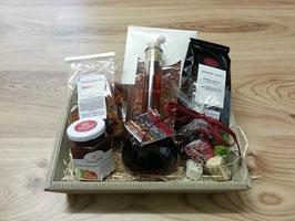 Erdbeerpräsent, Präsentkorb,  Gourmet Geschenk Korb, Feinschmecker Korb