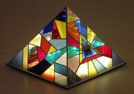 Lampe pyramide horloge