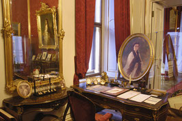 Imperial Hofburg palace guided tour & Imperial crypt; walking tour 2.5hs