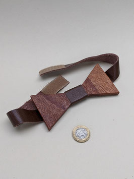 190. Bonkers, wooden bow tie! Has leather strap and adjustable velcro fastening.