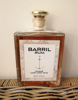 BARRIL UNIQUE CASK AGED RUM 42% 0,5L