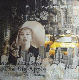 "Салфетка ""Дама в Нью-Йорке"""