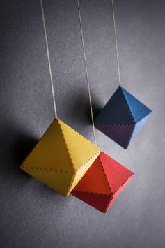 BM321: 2. Mobile – Oktaeder