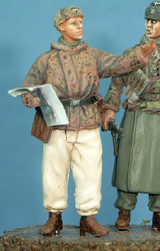 Sturmbannführer stehend in Winterausrüstung