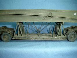 Befestigungselemente für Biber-Brücke auf Kässbohrer Pionieranhänger