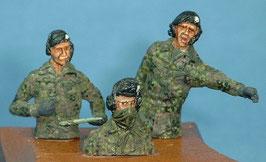 Panzer-Besatzung mit Barett