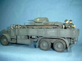 Komplettbesatzung für Panzertransporter Faun L 900 mit Fahrer, Beifahrer und 4 aufgesessenen Panzersoldaten
