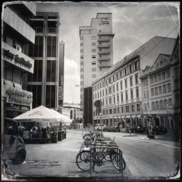 Stuttgart im Quadrat S/W A 011