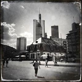 Frankfurt im Quadrat S/W A 011