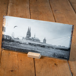 Kölner Dom mit Severinsbrücke