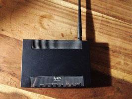 Modem-routeur ZyXEL P-600 series