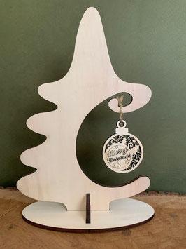 Houten kerstboom met kleine kerstbal