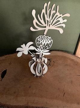 Houtenbloemenset  2 compleet in mooi houten vaasje