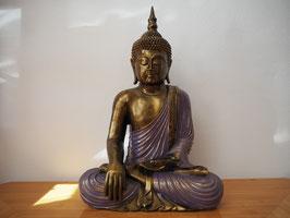 Buddha in Geste der Erdberührung aus Resin - B19/52
