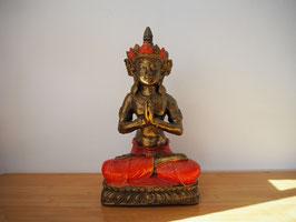 Buddha in Gebetsgeste, sitzend auf Lotus, aus Resin - B19/59