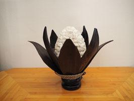 Muschellampe Palmblatt Lotus (8 lange Blätter, ovale Lampenform, dunkelbraun)