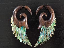 Perlmutt Ohrringe mit Holzfassung - OR5