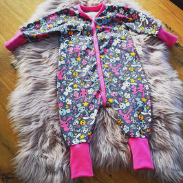 Langarm Schlafanzug bunte Hasen