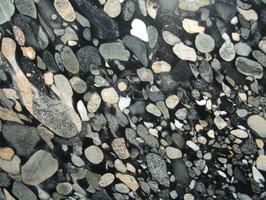 Granit Treppe Black Marinance poliert gewendelt