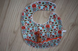 Magnifique bavoir avec récupérateur en coton enduit Corolle  garanti sans PHTALATES (obligatoire pour enfant - 36 mois)