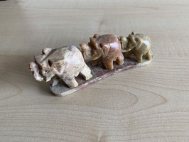 Speckstein-Elefanten, 3er Gruppe auf Speckstein-Platte - 6