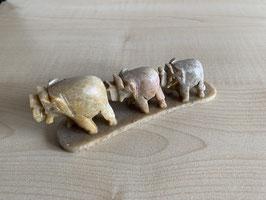 Speckstein-Elefanten, 3er Gruppe auf Speckstein-Platte - 4