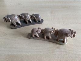 2 x Speckstein-Elefanten, 3er Gruppe auf Speckstein-Platte - 14